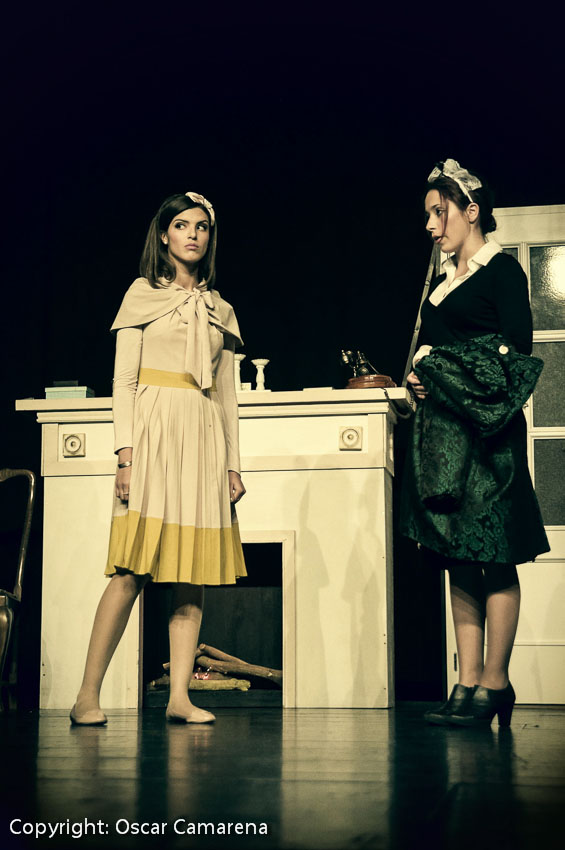 Elisa Sandino como Suzon en 8 mujeres (2013)