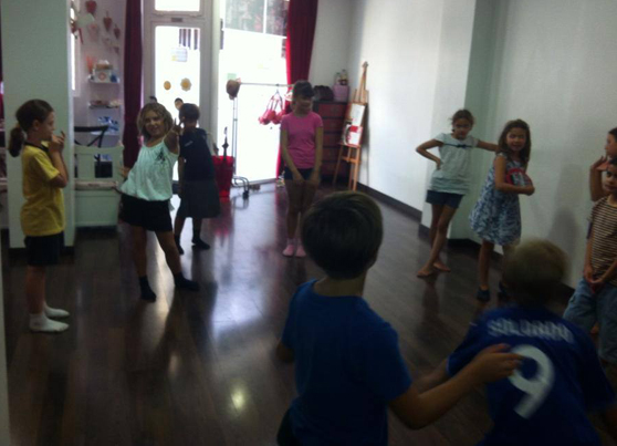 Escuela de Teatro Act and Play 4