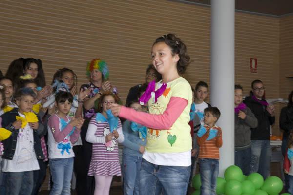 Celebrando la fiesta de la primavera en 2011.